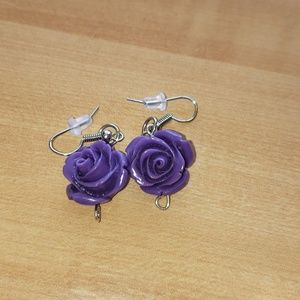Purple Rose's earrings